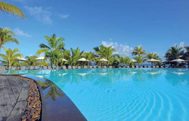 Victoria Beachcomber Resort & Spa - Pool - 22