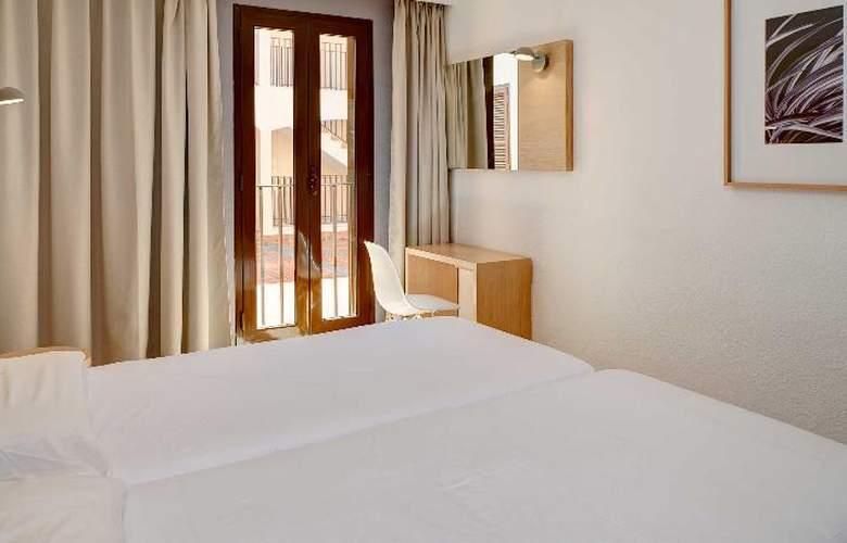 Protur Floriana Resort - Room - 2