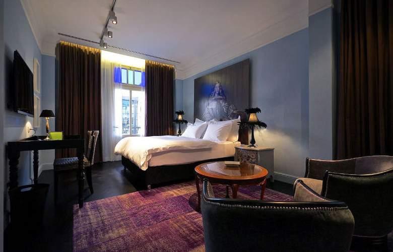 Alma Hotel and Lounge - Room - 2