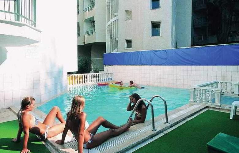 Yuvam - Pool - 2