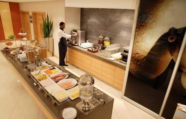 Holiday Inn Express Cape Town - Restaurant - 4