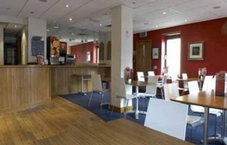Travelodge Bristol Central - Restaurant - 2
