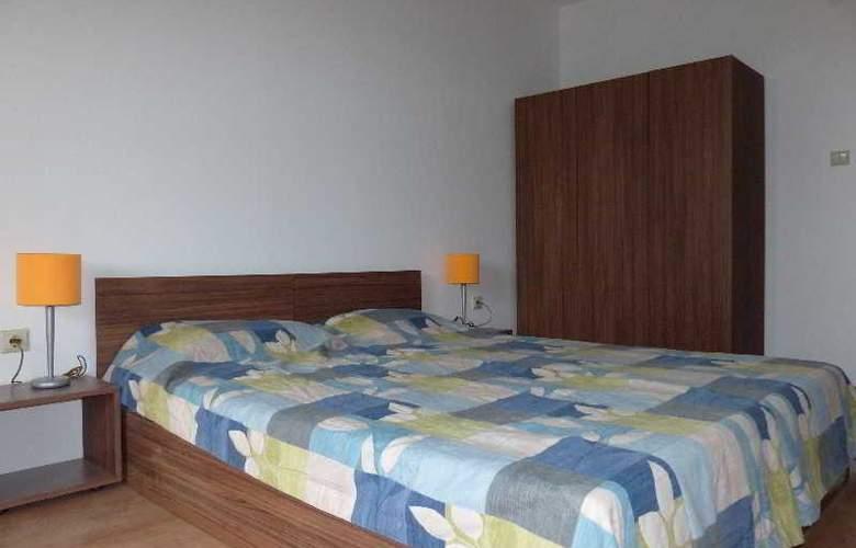 Festa Gardenia Hills - Room - 1