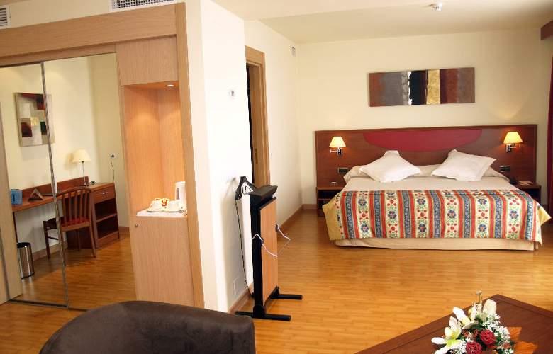 Alcalá Plaza - Room - 11