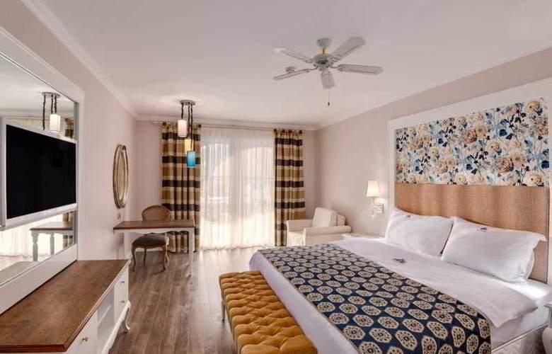 Rubi Platinum Spa Resort & Suites - Room - 2