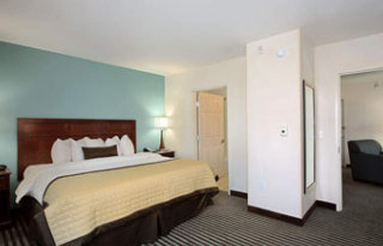 Baymont Inn & Suites Denver International Airport - Room - 3