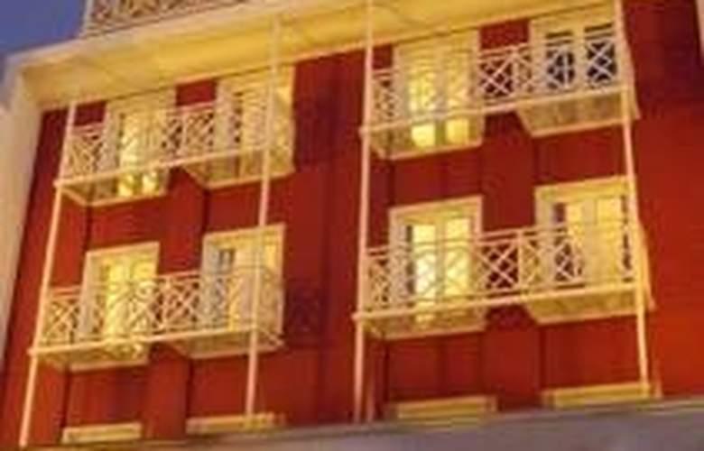 Lennox Hotel Ushuaia - Hotel - 0