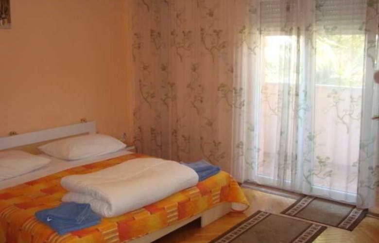 Villa Luketa - Room - 25