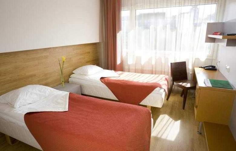 Go Hotel Shnelli - Room - 3