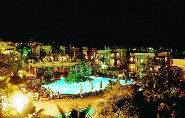 Zeytinada - Hotel - 0