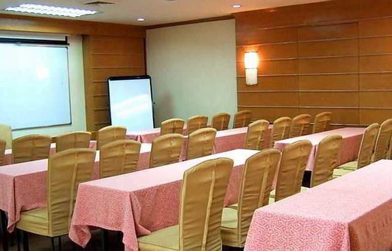 El Cielito Makati - Conference - 14