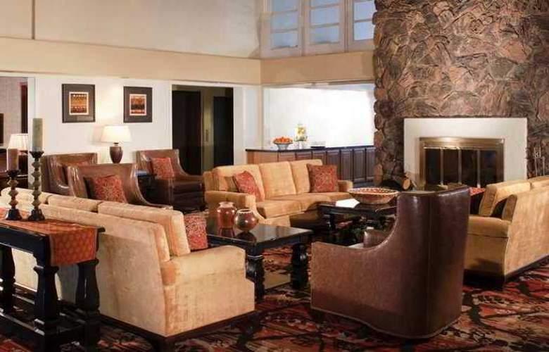 Embassy Suites Flagstaff - Hotel - 13