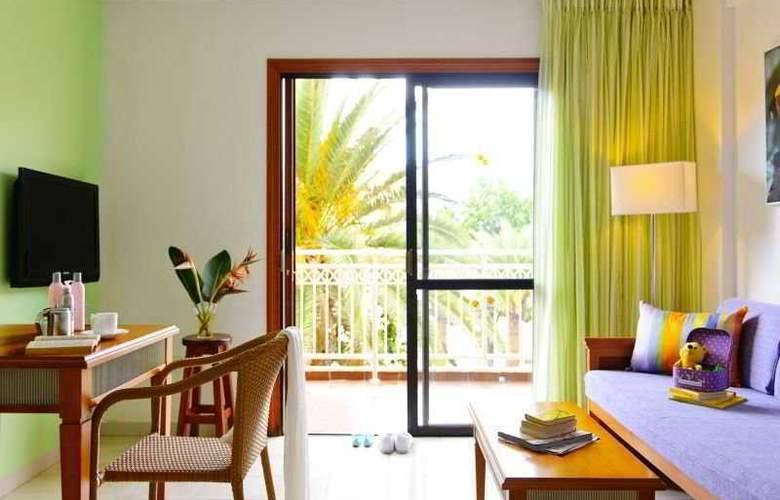 Apartamentos Compostela Beach - Room - 4