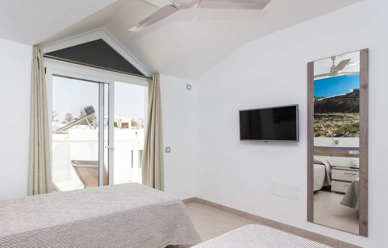 Caleta Playa - Room - 8