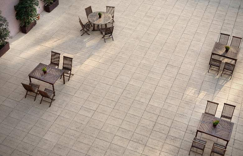 Onix Rambla - Terrace - 9