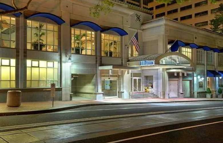 Hilton Portland and Executive Tower - Hotel - 0