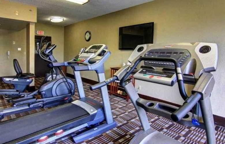 Comfort Inn & Suites - Sport - 1
