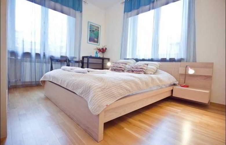 P&O Apartments Elektoralna - Room - 7