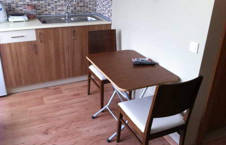 Aura Apart Hotel - Room - 10