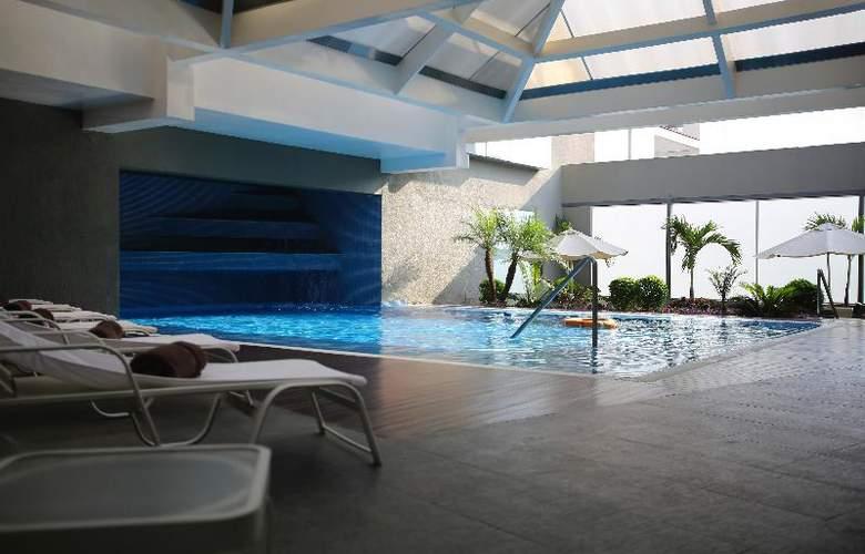 Casa Andina Premium Miraflores - Pool - 3