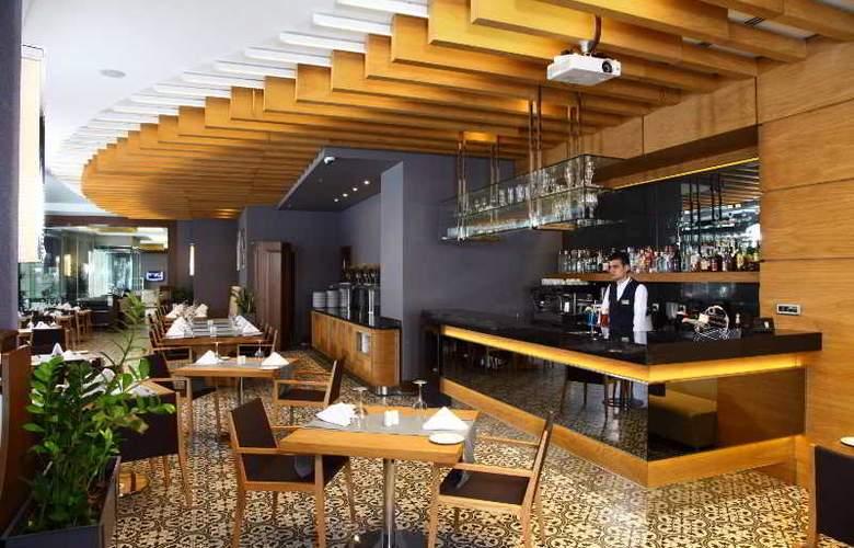 Istanbul Dora Hotel - Bar - 3