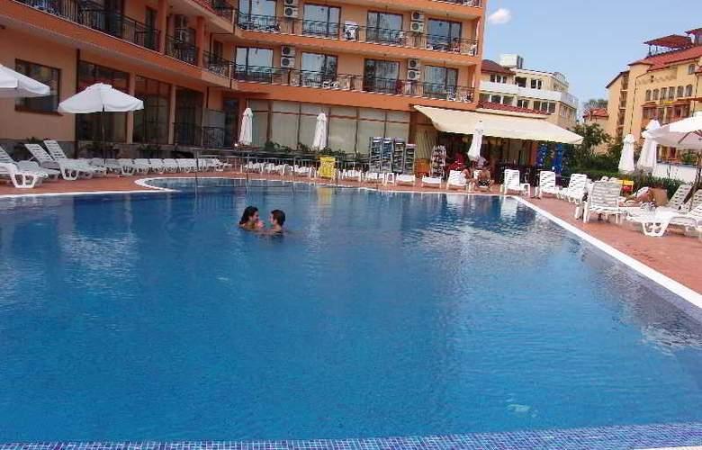 Happy Sunny Beach - Pool - 11