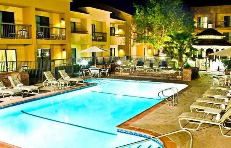 Courtyard Sacramento Rancho Cordova - Hotel - 6