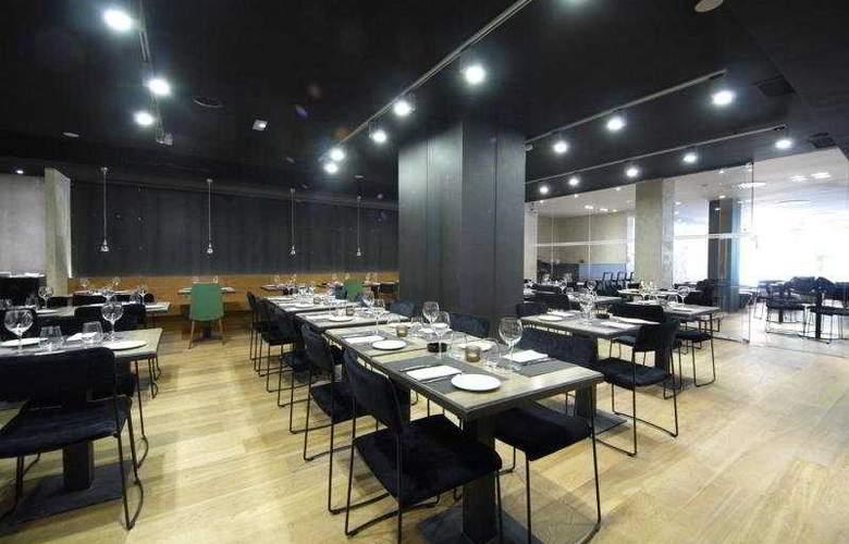 Zenit Abeba - Restaurant - 36