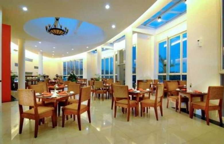 Marbella Suites Bandung - Restaurant - 5