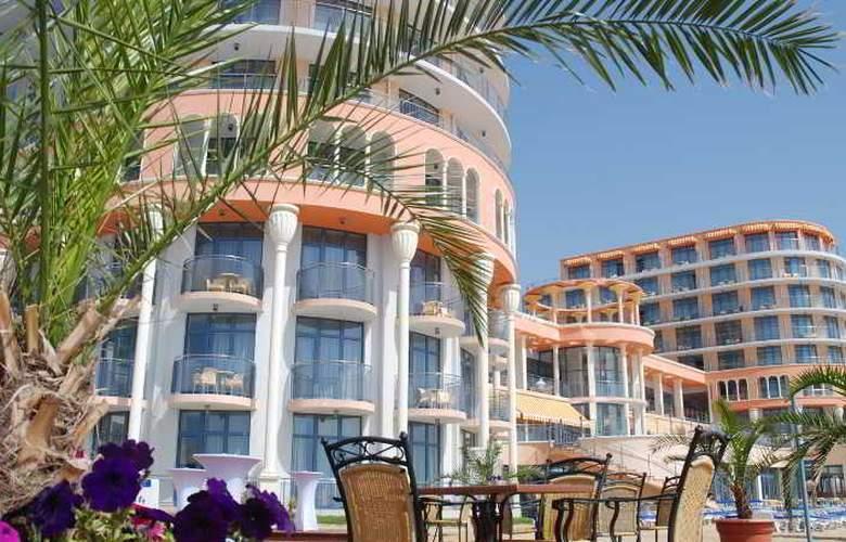 Azalia - Hotel - 0