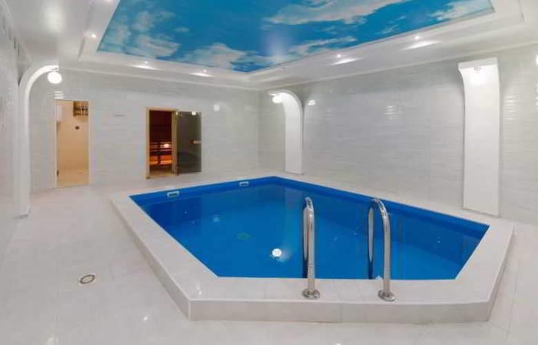 Vele Rosse Hotel - Pool - 1