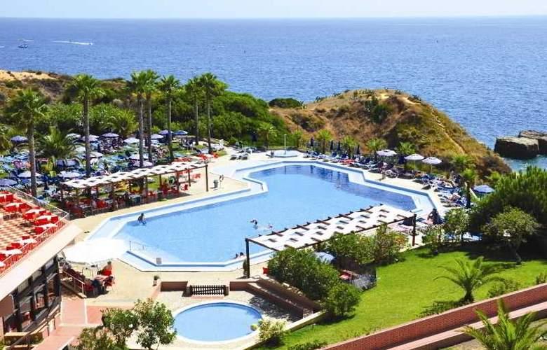 Auramar Beach Resort - Pool - 19