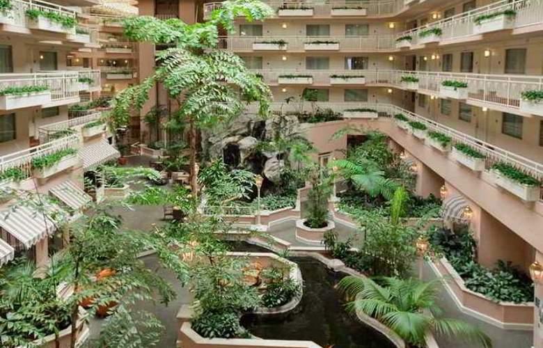Embassy Suites San Rafael Marin County - Hotel - 5