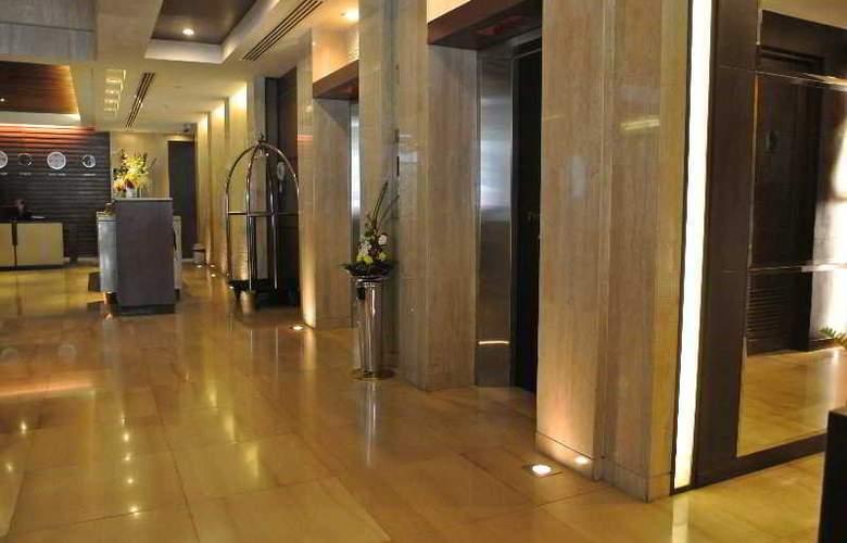 Furamaxclusive Asoke Bangkok - Hotel - 0