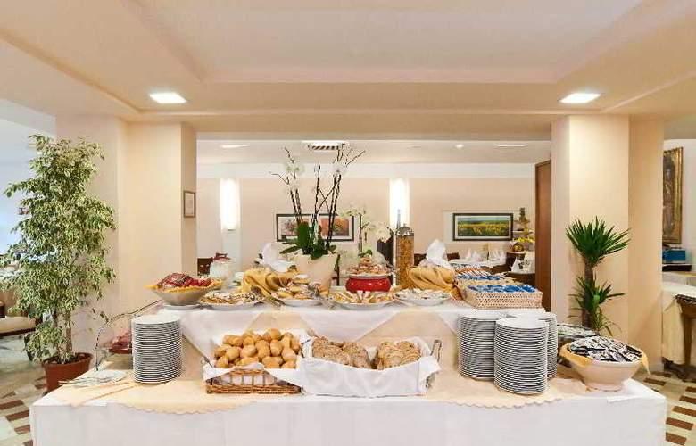 Versilia Palace - Restaurant - 10