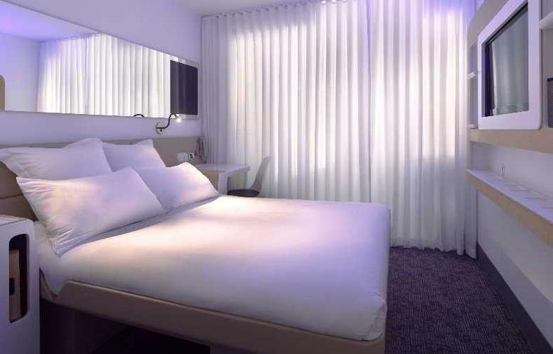 Yotel New York at Times Square - Room - 2