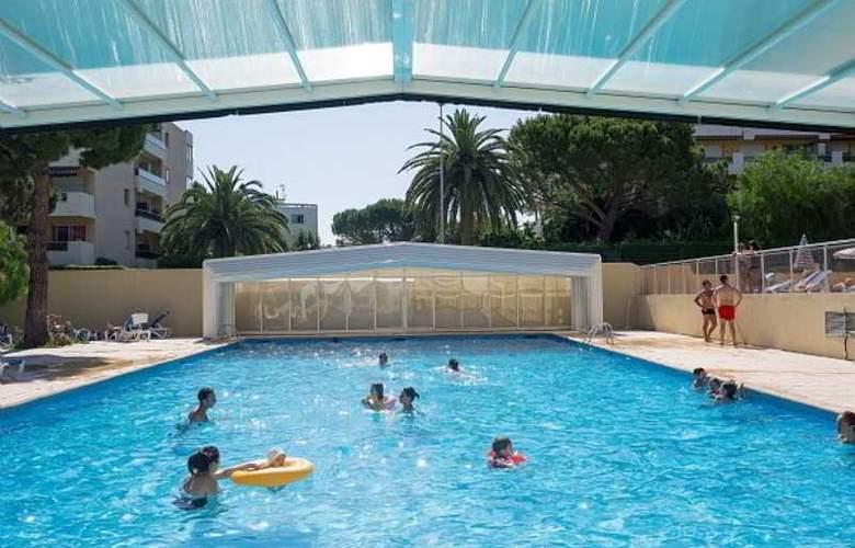 Residence Pierre & Vacances Heliotel Marine - Pool - 14