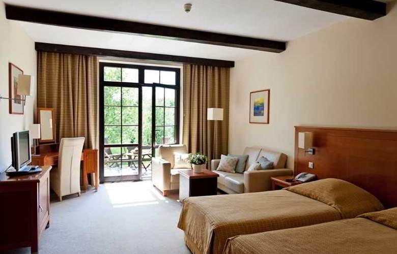 Hotel SPA Dr Irena Eris Wzgorza Dylewskie - Room - 8