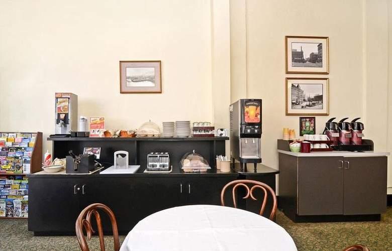 Best  Western Plus Pioneer Square - Restaurant - 46