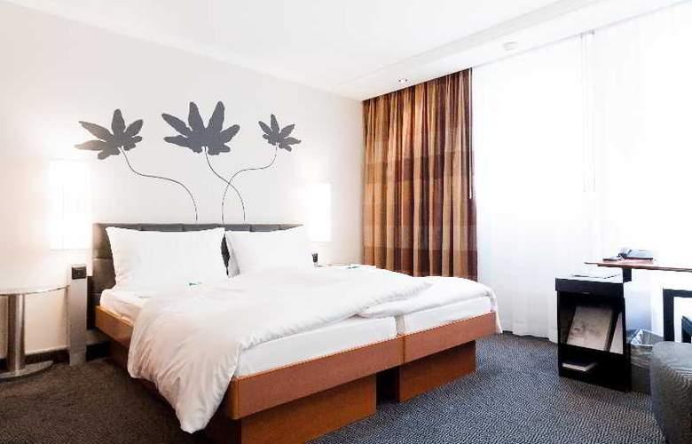 Basel - Room - 8