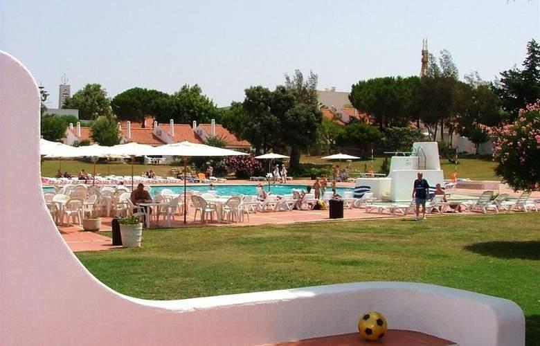 Vilanova Resort - Terrace - 7