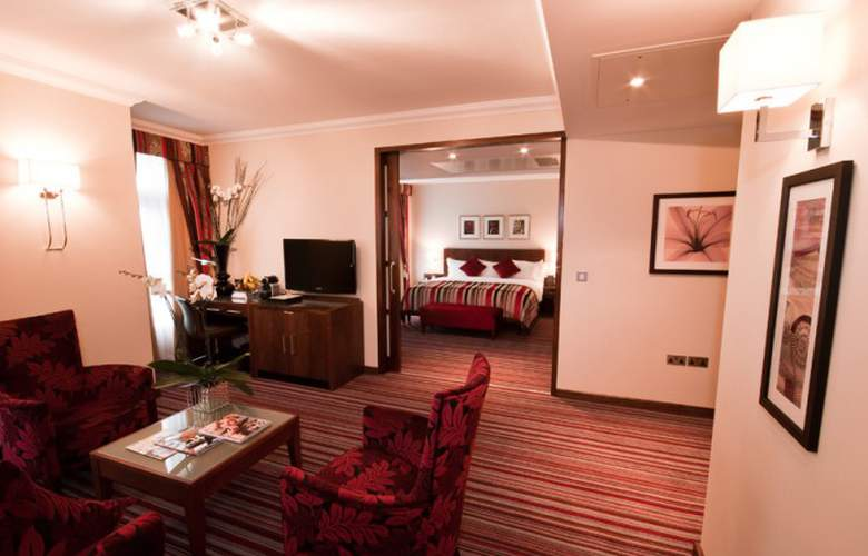 The Rembrandt Hotel - Room - 13