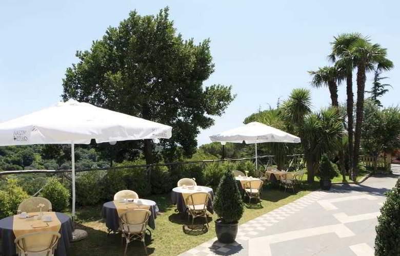 Nastro Azzurro & Occhio Marino Resort - Terrace - 12