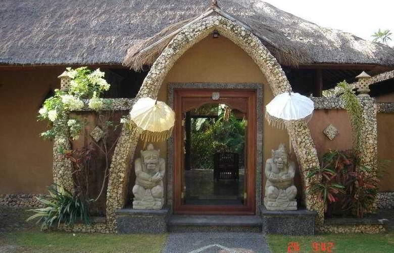 Puri Madawi - Hotel - 0