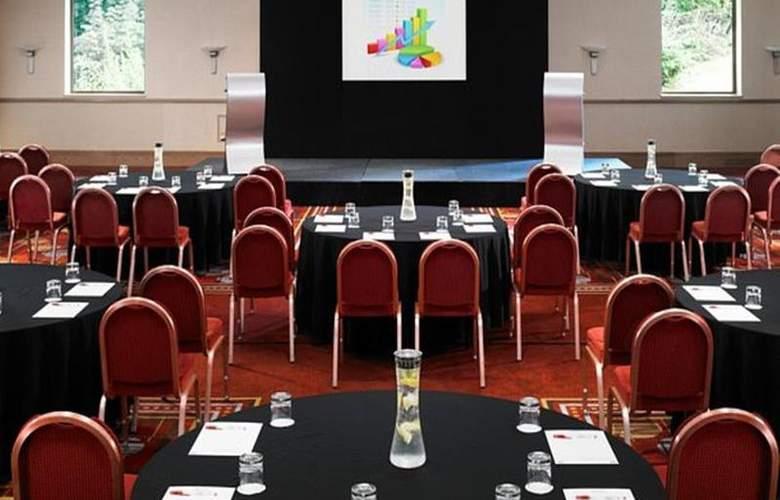 Swindon Marriott - Conference - 13