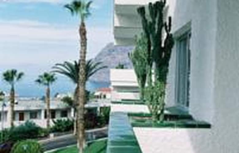 El Sombrero - Hotel - 1
