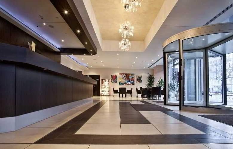 Ivbergs Htl Premium - Hotel - 0