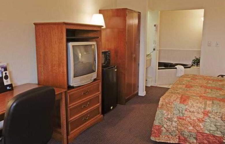 Best Western Emporia - Hotel - 23