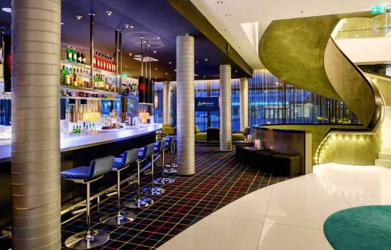 Radisson Blu Hamburg - Bar - 15