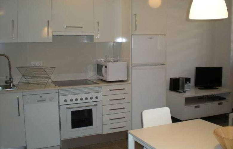 Living Valencia Apartments - Edificio Vitoria - Room - 3